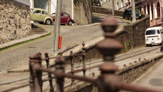vídeos de stock e filmes b-roll de ms r/f street with typical floor / rio de janeiro, brazil - linha do elétrico