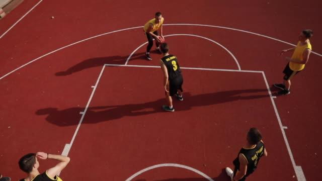 vidéos et rushes de temps de streetball - streetball
