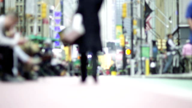 slow motion - nyc streets, dof, soft focus - shopping bag stock videos and b-roll footage