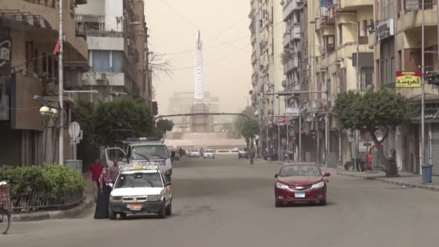 streets in the egyptian capital cairo remain empty as few people move around during lockdown on the first day of ramadan. muslims across the middle... - egypt stock videos & royalty-free footage
