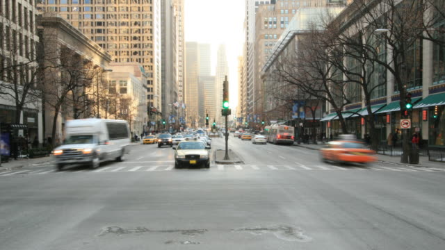 streets of chicago. hq 1080p 4:4:4 rgb - moving activity stock videos & royalty-free footage
