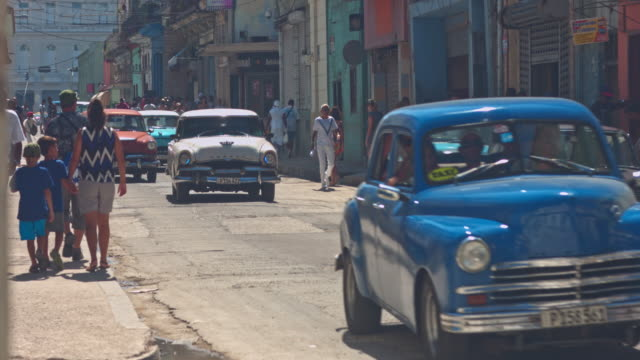 streets of cuba - cuba video stock e b–roll