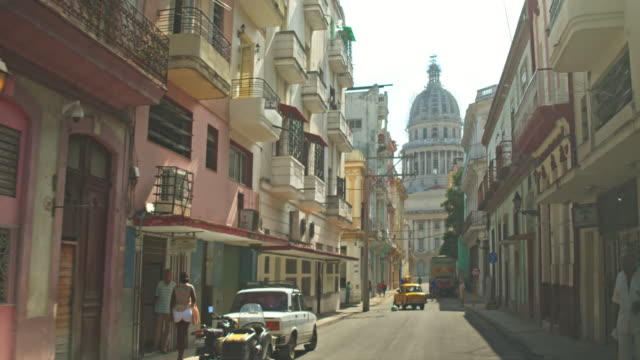 streets of havana - cuba video stock e b–roll
