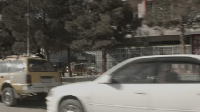 streets of kabul - kabul stock-videos und b-roll-filmmaterial