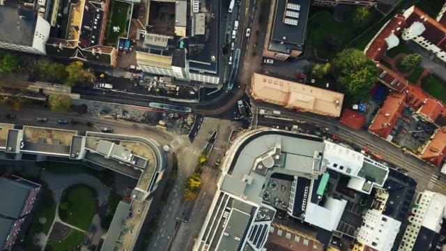 gator, trafik och byggnader i norge sett från ovan - transportmedel bildbanksvideor och videomaterial från bakom kulisserna