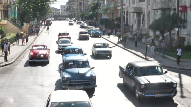streetscene havanna centro - collector's car stock videos and b-roll footage