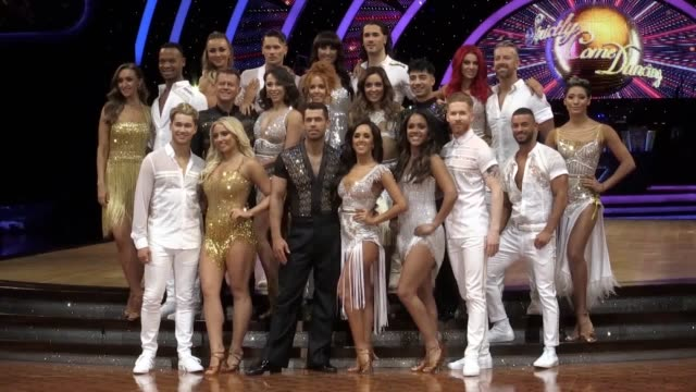 strictly come dancing arena tour 2020 launch. interviews with kelvin fletcher and janette manrara and catherine tyldesley and johannes radebe. - ストリクトリーカムダンシング点の映像素材/bロール