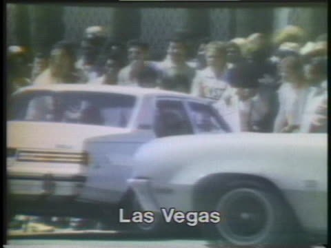 strikers use a vehicle to block the entrance to caesar's palace, one of the few hotels remaining open in las vegas during the culinary union labor... - human rights or social issues or immigration or employment and labor or protest or riot or lgbtqi rights or women's rights stock videos & royalty-free footage