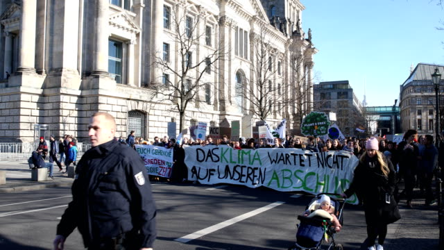 striking high school students during the demonstration to the chancellery to protest for more effective government climate change policy on february... - climate policy stock videos & royalty-free footage