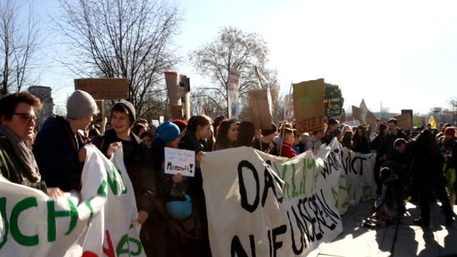 striking high school students march to protest for more effective government climate change policy on february 15, 2019 in berlin, germany in front... - climate stock videos & royalty-free footage