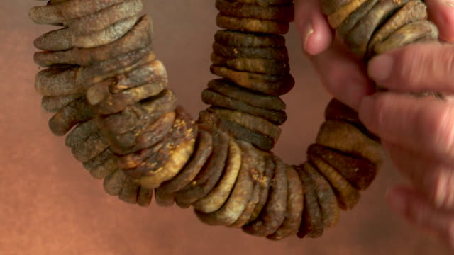 string of dried figs,