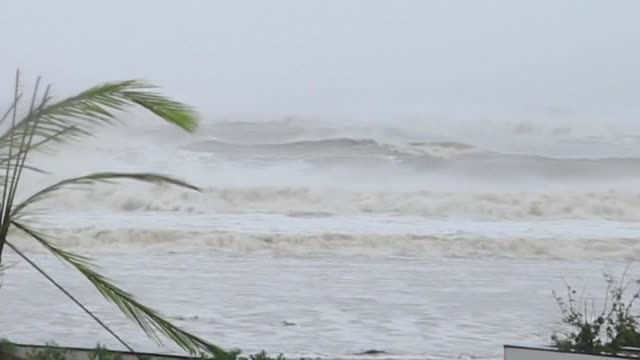 strong waves can be seen while heavy winds and rain batter central vietnam ahead of typhoon molave's landfall - vortex stock videos & royalty-free footage