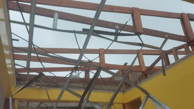 strong winds and rain begin to tear away roofs from buildings in bilwi, as hurricane eta passes through nicaragua - managua stock videos & royalty-free footage