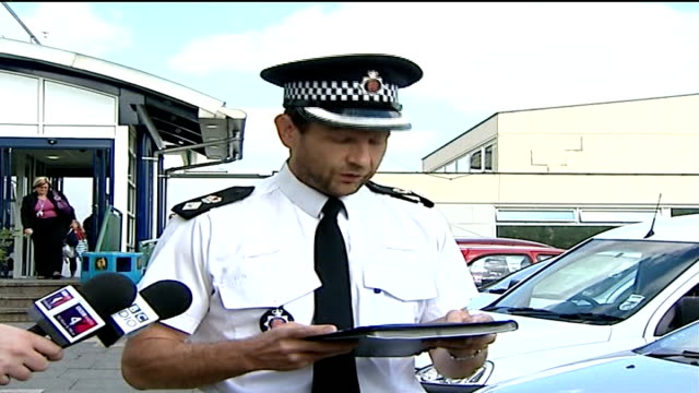michael barrymore not charged; chief supt john mauger speaking to press sot - michael barrymore stock-videos und b-roll-filmmaterial