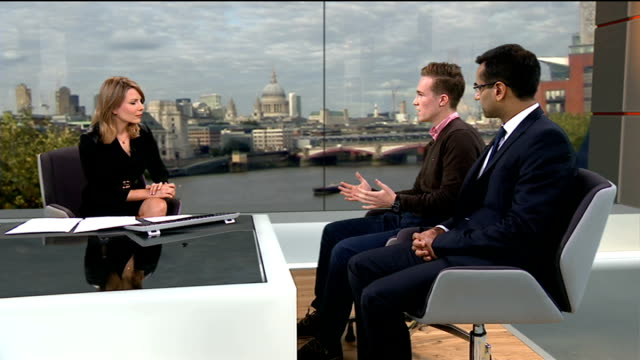student devises better way to detect potentially fatal heart defect; england: london: gir: int henry roth live studio interview sot dr nabeel sheikh... - シャイフ点の映像素材/bロール