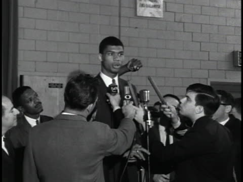 stockvideo's en b-roll-footage met student lew alcindor says he is trying to find out exactly what he wants to do, noting he is not the most mature person in the world and was confused. - sport