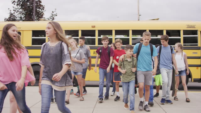 students arriving at school - junior high stock videos & royalty-free footage