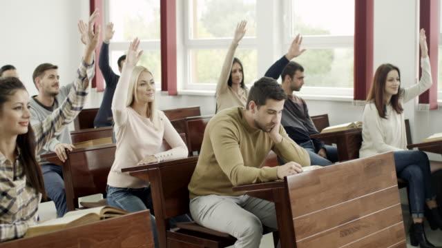 studenti in aula - exam video stock e b–roll