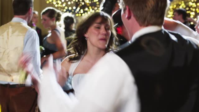 slo mo ms students (12-18) dancing on prom night / cedar hills, utah, usa - 高校卒業ダンスパーティ点の映像素材/bロール