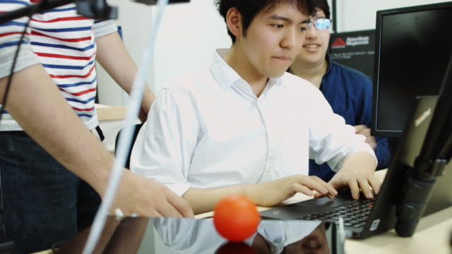 Students Experimenting in Computer Science Lab