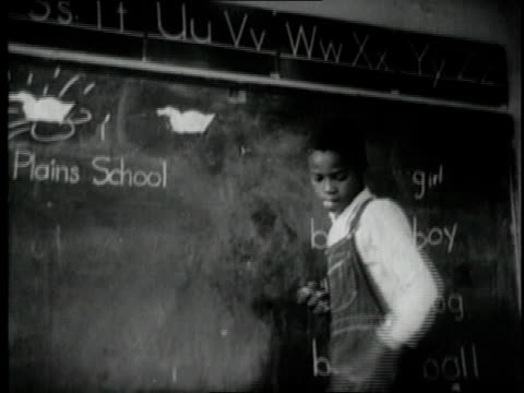 stockvideo's en b-roll-footage met 1940 montage students in classroom / united states - 1940