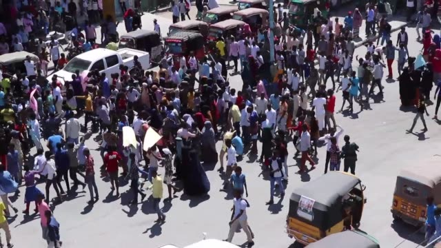 Students in Mogadishu protest after the Somali government postponed general examinations over leaked information