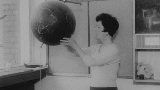 stockvideo's en b-roll-footage met 1962 montage students learning in classroom at holland park school / kensington, london, england - middelbare scholiere