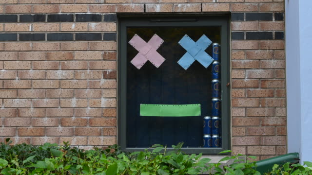 students self-isolating at talybont south halls of residence at cardiff university display messages in their window on october 12 in cardiff, wales.... - south wales stock videos & royalty-free footage
