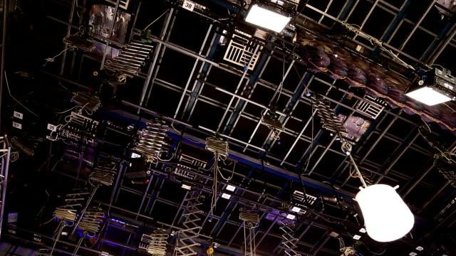 vidéos et rushes de studio de télévision - télévision haute définition