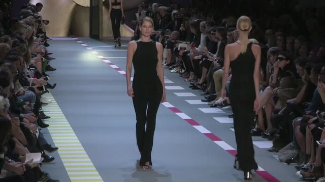 Stunning Doutzen Kroes and Lexi Boling on the runway for the Mugler Spring Summer 2016 Fashion Show in Paris Saturday 3rd October 2015 Paris France