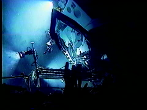 Submarine takes sample of lack smokers. Great research footage.