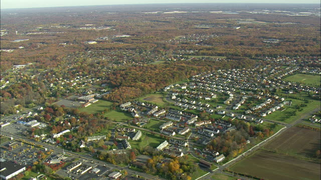 aerial ws suburban area near princeton / new jersey, usa - new jersey stock videos & royalty-free footage