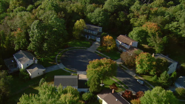 aerial suburban homes on cul-de-sac, falls church, virginia, usa - falls church stock videos & royalty-free footage