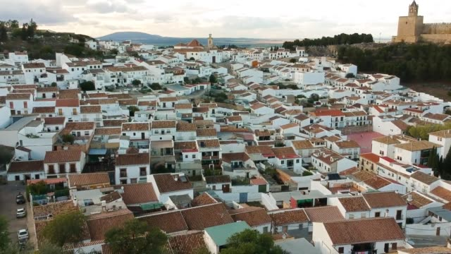 suburbs of antequera near the alcazabar - andalusien stock-videos und b-roll-filmmaterial