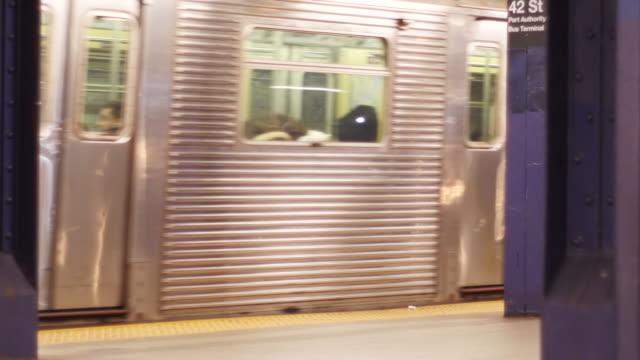 Subway departs station 4K