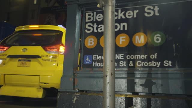vídeos de stock, filmes e b-roll de subway station - escrita ocidental