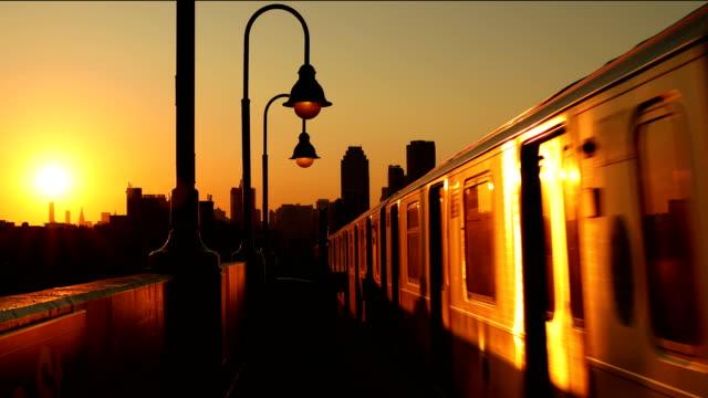 vidéos et rushes de métro train cinemagraph - cinémagraphie