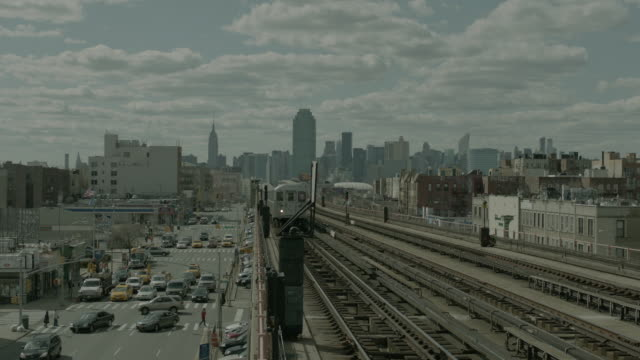 WS Subway train in Queens / New York City, New York