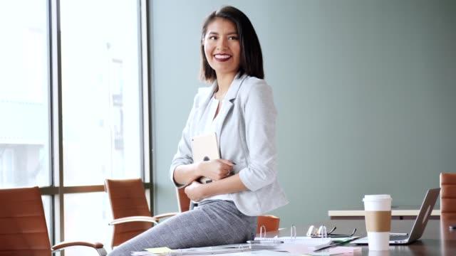 successful hispanic businesswoman - copy space video stock e b–roll