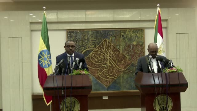 sudan's president omar al bashir said thursday that the construction of ethiopia's controversial grand renaissance dam on the nile river would not... - äthiopien stock-videos und b-roll-filmmaterial