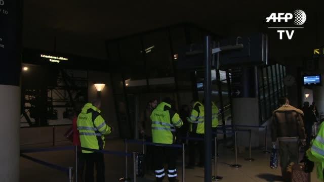 suecia y dinamarca tomaron este lunes medidas destinadas a contener el flujo de migrantes dentro de sus fronteras desatando las criticas de alemania... - entrada stock videos and b-roll footage