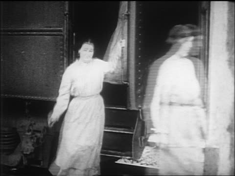 suffragists under arrest on train exit train in single file / washington, d.c. / newsreel - 1917 stock videos & royalty-free footage