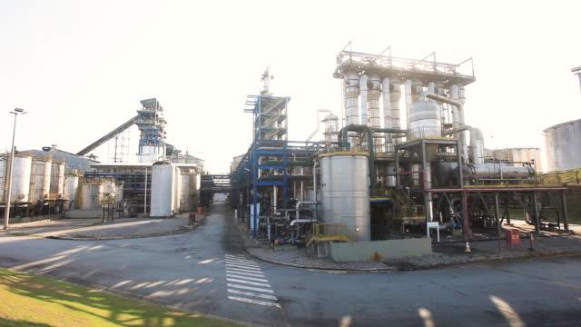 vídeos de stock, filmes e b-roll de sugar cane, ethanol plant, biofuel facilities, alagoas, brazil - sugar cane
