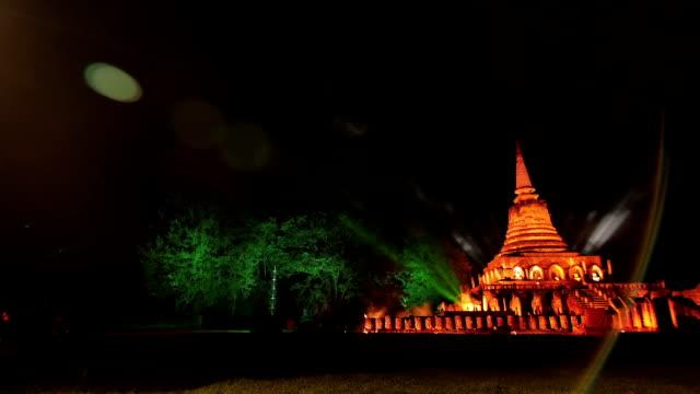 スコータイ遺跡公園タイ - アユタヤ県点の映像素材/bロール
