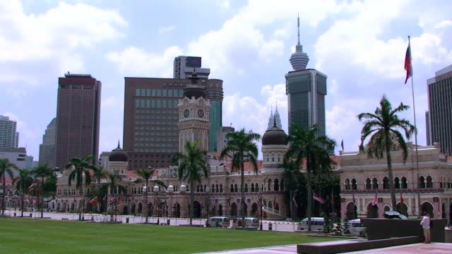 vídeos y material grabado en eventos de stock de edificio del sultán abdul samad-kuala lumpur, malasia - edificio del sultán abdul samad