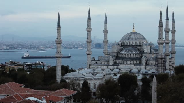 sultan ahmet camii - blue mosque in istanbul - blue mosque stock videos & royalty-free footage