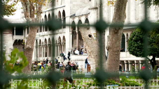 hd: sultan ahmet camii (blue mosque), istanbul, turkey - mosque stock videos & royalty-free footage