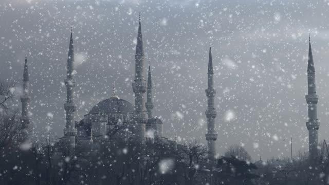 hd: sultan ahmet camii (blaue moschee). istanbul, türkei - kamisol stock-videos und b-roll-filmmaterial
