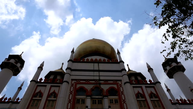 hd vdo : sultan mosque - full hd format stock videos & royalty-free footage