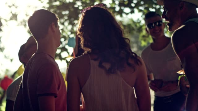 summer garden party - bewegungsaktivität stock-videos und b-roll-filmmaterial